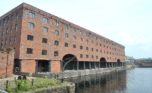 our full photo and video report of the opening of the Titanic Hotel in the Salt House Docks.