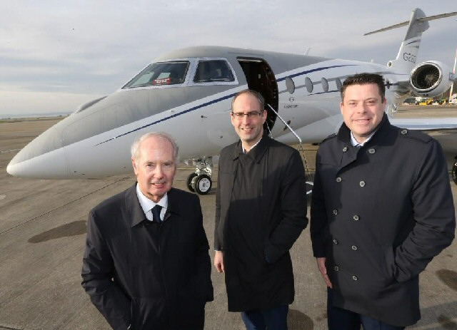 (L to R) Sir Peter Rigby, Chairman of the Rigby Group with LJLA CEO John Irving and Gavin Thompson, Gulfstream Regional Sales Manager for Europe, Russia and C.I.S.