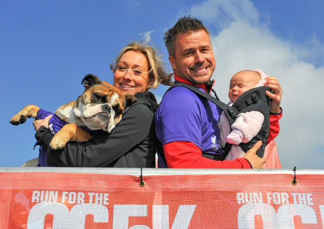 Craig and Laura Phillips baby Nelly dog Sydney