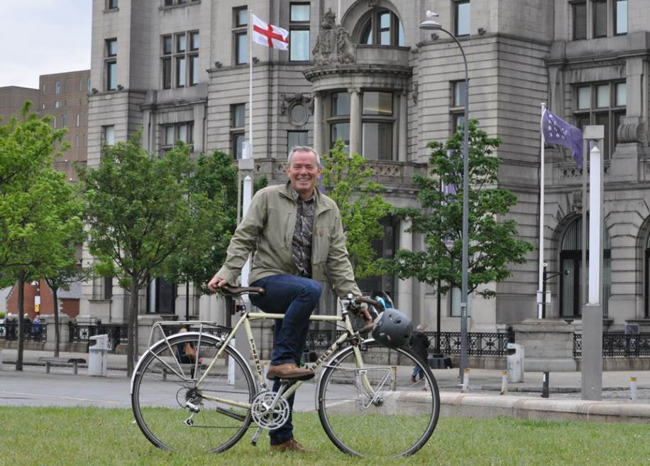 "Riding High - TV Actor/Presenter Simon O'Brien says Liverpool is ""a cycling heaven"" waiting to happen."